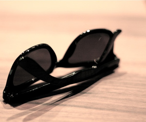 fashion, photography, and sunglasses image