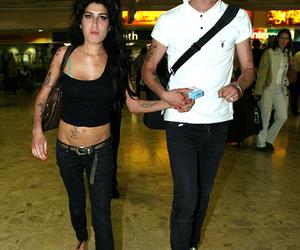 Amy Winehouse, couple, and blake fielder-civil image