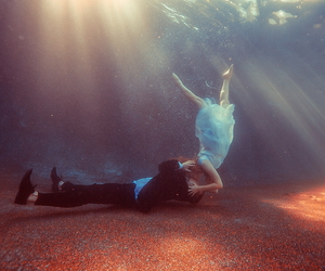 tyler shields and couple image