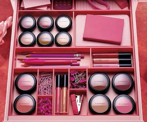 make-up, girl, and pink image