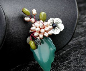flower brooch, leaf brooch, and floral leaf brooch image