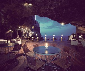 restaurant and grotte image