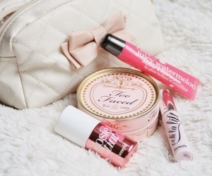 makeup, pink, and girly image