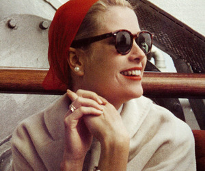 grace kelly and isitvogue image