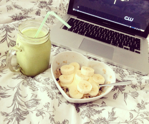 gossip girl and smoothie image