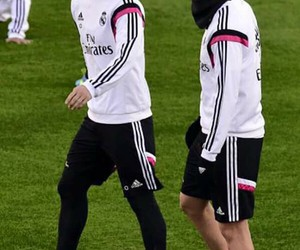 james, real madrid, and benzema image