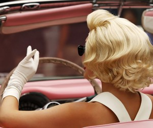 car, pink, and Marilyn Monroe image