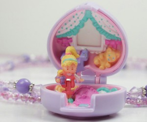 polly and toys image