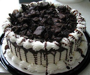 food, oreo, and oreo cake image