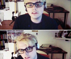 gerard way image