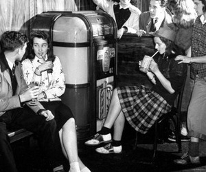1950 and jukebox image