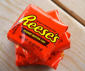 reese's and love image