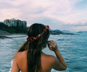 beach, indie, and girl image