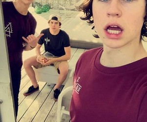 nash grier, cameron dallas, and hayes grier image