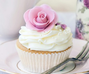 muffin weis rosa rose image