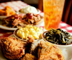 fried chicken, southern, and sweet tea image