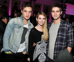 ed westwick, Chace Crawford, and emma roberts image