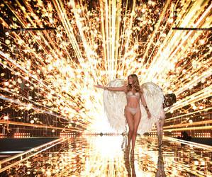 Doutzen Kroes, fashion, and Victoria's Secret image