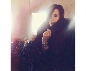 demi lovato, demi, and instagram image