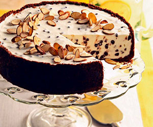 almond, cheesecake, and recipe image