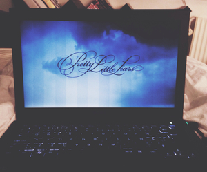 cozy, girl, and pll image