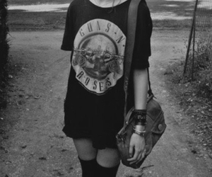 girl, black and white, and guns and roses image