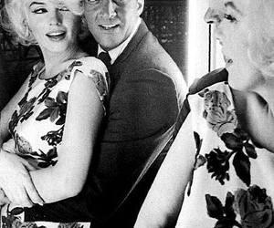 Marilyn Monroe, vintage, and dean martin image