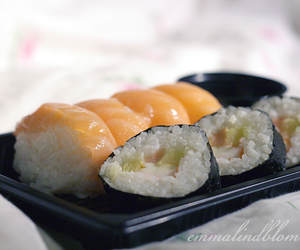 food, salmon, and sushi image