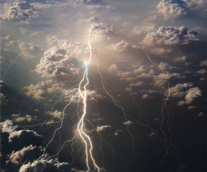 sky, lightning, and clouds image