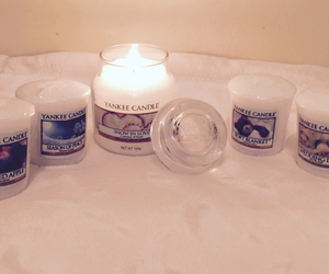 cocooning, yankee candle, and white image