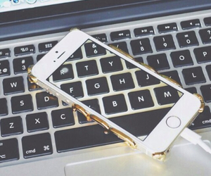 iphone, love it, and keyboards image