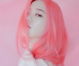 f(x), krystal, and pink image
