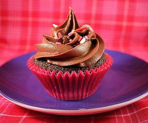 chocolate, chocolate cupcake, and cream image