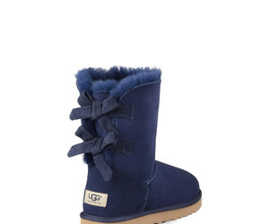 blue, chaussures, and ugg image