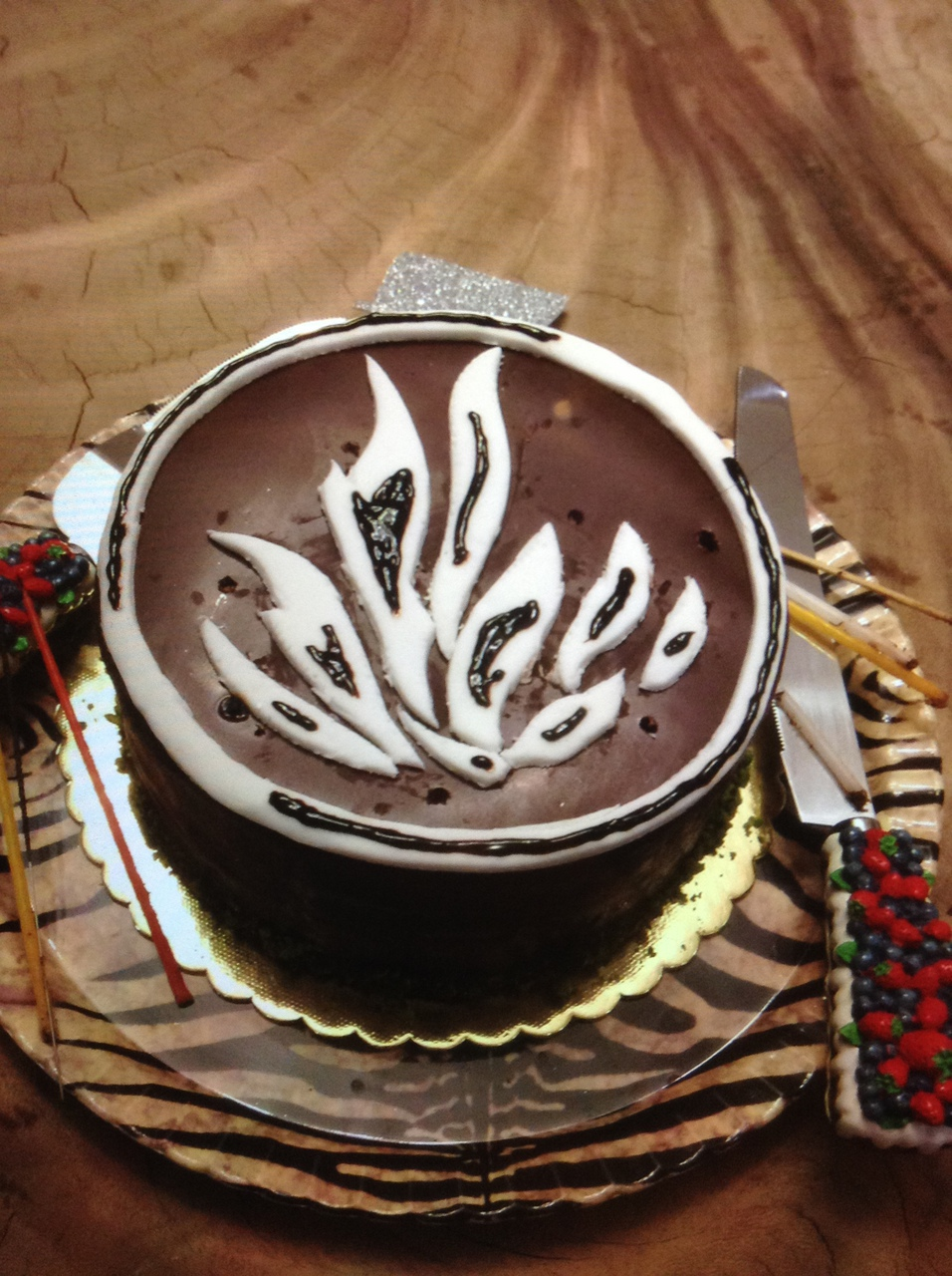 My Dauntless Cake Discovered By Wit On We Heart It