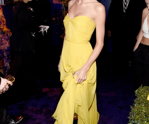 dress, Taylor Swift, and golden globe awards image