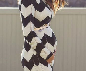 mom and pregnant image