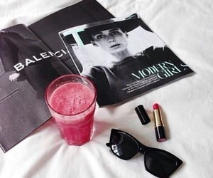 fashion, lipstick, and magazine image