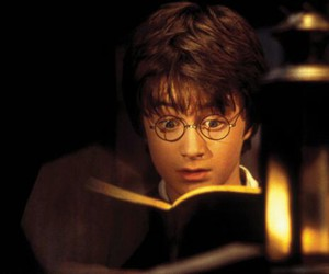 harry potter, pelicula, and libro image