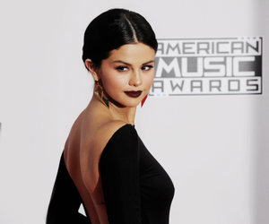 selena gomez and american music awards image