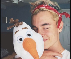 kian lawley, olaf, and o2l image