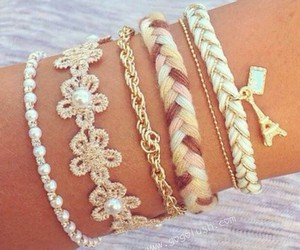 pulseras, flowers, and trenza image
