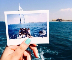 summer, sea, and friends image