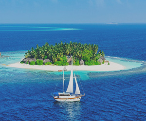Maldives and photography image