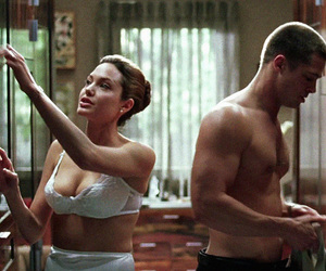 Angelina Jolie, boyfriends, and brad pitt image