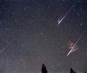 meteor shower image