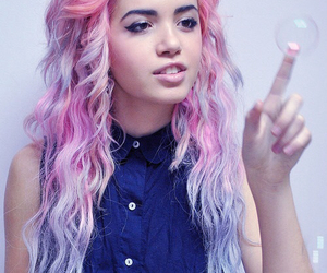 hair, pink, and bubbles image