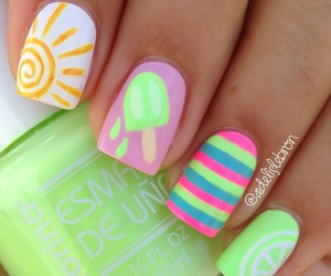 nails and summer image
