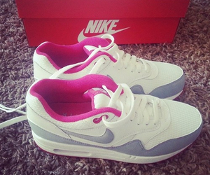 shoes, nike, and airmax image