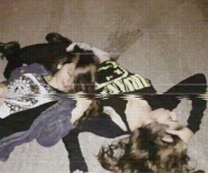 girl, grunge, and drunk image